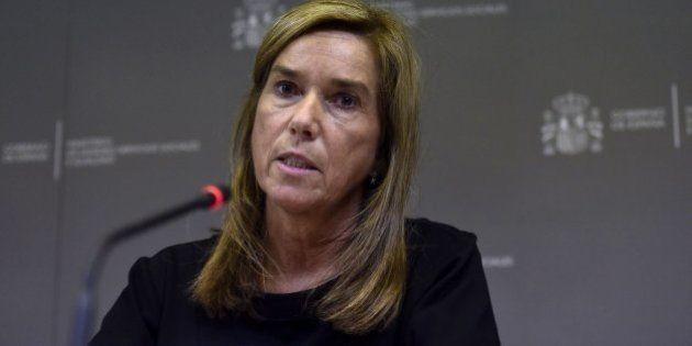 Reacciones al contagio de ébola: Partidos y sindicatos médicos piden la dimisión de Ana