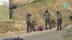 Ocho guardias civiles, imputados por golpear a un inmigrante en