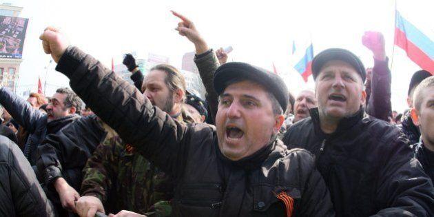 Decenas de heridos en protestas en el este de Ucrania contra el nuevo poder en