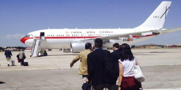 El avión Airbus 310 en el que viaja Margallo a Bali, averiado en Abu