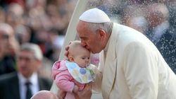 El Papa abre la puerta de la Iglesia a los divorciados y pide respeto para los