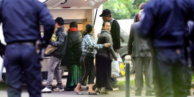 Francia expulsa a gitanos de Rumanía y Bulgaria y desmantela sus campamentos, España los