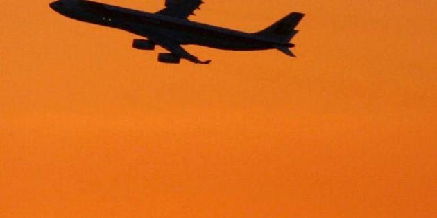 Un joven de 24 años muere tras morder a otro pasajero en un vuelo de Lisboa a