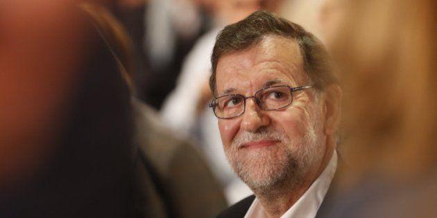 Rajoy ofrece al PSOE una gran coalición liderada por él:
