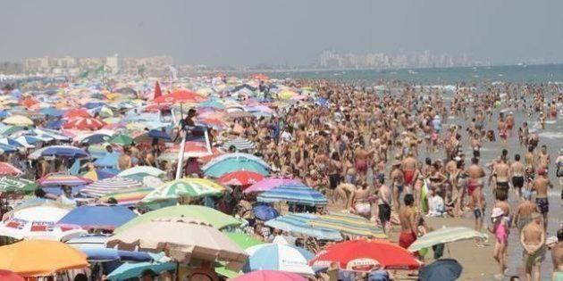 Detenida una turista en Benidorm (Alicante) por abandonar a sus hijos para
