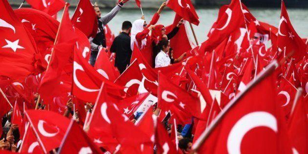 Turquía amenaza a la UE con romper el acuerdo sobre refugiados si no elimina el