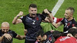Albania escribe la primera gran gesta y opta a los