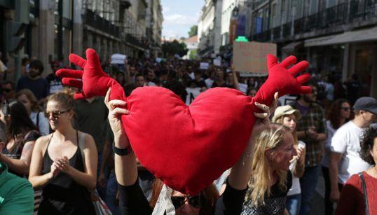 ¡Bienvenidos!: Europa muestra su solidaridad con los refugiados