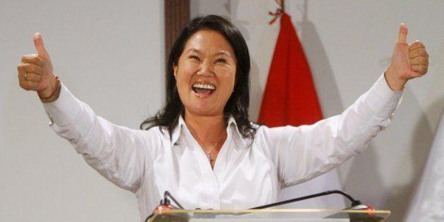 Keiko Fujimori gana la primera vuelta de las elecciones en