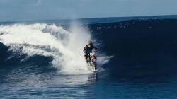 Sí, esto es un motorista haciendo surf y no es un