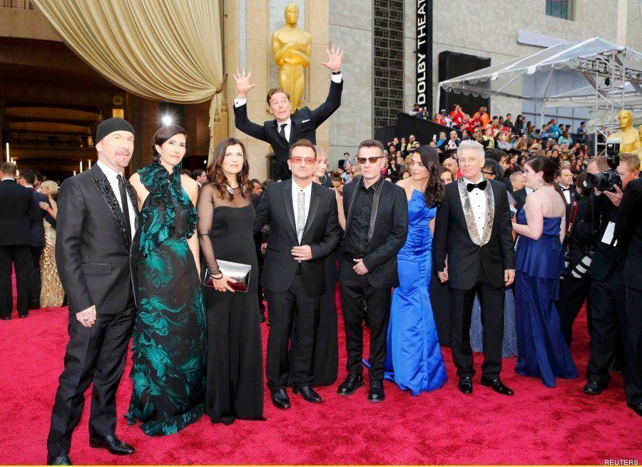 Benedict Cumberbatch hace un 'photobomb' a U2