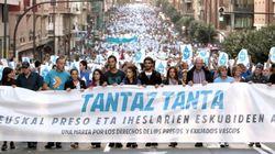 Miles de personas marchan en apoyo de Herrira y los presos