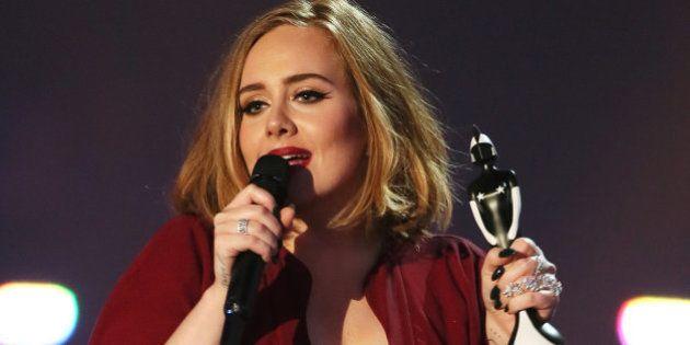 Adele se corona como la reina de la música británica en los Brit