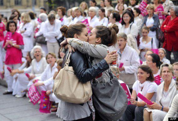 El beso de Marsella: un icono en la defensa de los derechos de los homosexuales