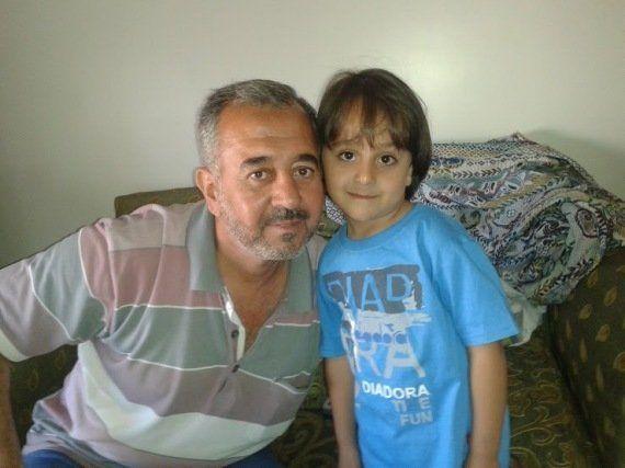 La historia de los refugiados agredidos por la periodista