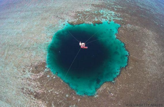 El Agujero Azul Más Profundo Del Mundo Está En El Mar De La China Meridional Y Mide 300 Metros El Huffpost