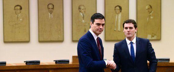Arranca la consulta del PSOE sobre pactos en un clima de malestar en las
