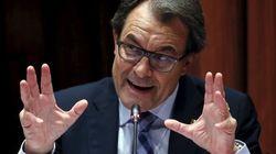 Mas se defiende: la contratación de la Generalitat es