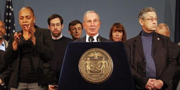 Michael Bloomberg, alcalde independiente de Nueva York y ex republicano, pide el voto por