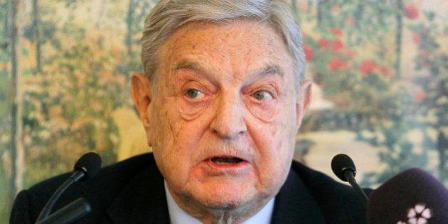 El magnate George Soros entra en Bankia durante la colocación del 7,5% de su