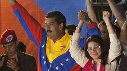 Maduro 'ficha' a su mujer para las