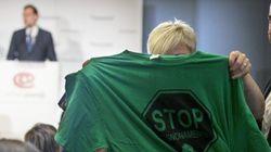 Activistas de la PAH interrumpen un acto de Rajoy en