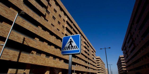 La Generalitat ultima un impuesto para 15.000 viviendas vacías propiedad de los