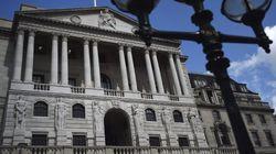 El Banco de Inglaterra recorta al 0,25% los tipos de interés para enfrentarse al