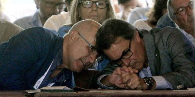 ERC ganaría en Cataluña con un 23% de votos frente al 19% de CiU, según una encuesta de 'El