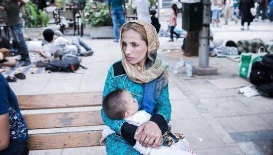 Así viven los refugiados en la Plaza Victoria de