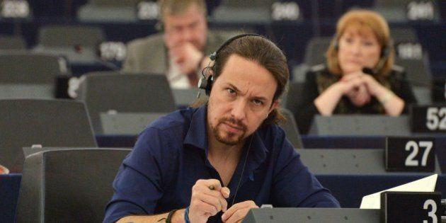 Ocho 'momentazos' que deja Pablo Iglesias en el Parlamento