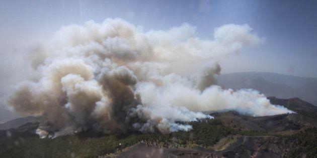 El incendio de La Palma arrasa ya 3.000 hectáreas y deja 1.800