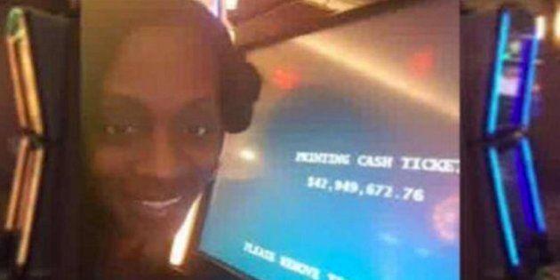 Una mujer gana 43 millones en una tragaperras y el casino le cambia el premio por una