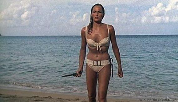 James Bond en Tinder: así ligaría el agente con las chicas