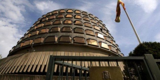 El Constitucional acepta el poder de suspender a los altos cargos que le