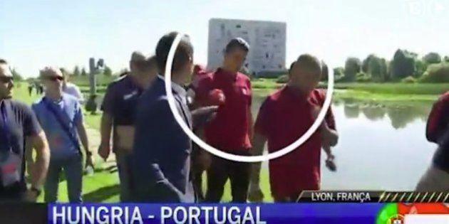 Un periodista pregunta a Cristiano Ronaldo y él hace