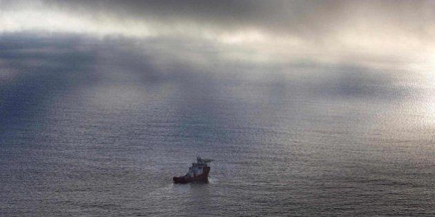 El submarino fracasa en su intento de encontrar el avión de Malaysia