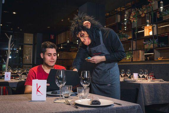 Los simios, desde la cocina, salvaron la