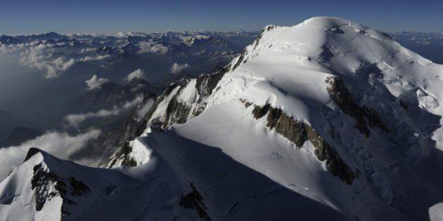 Al menos siete alpinistas muertos y dos desaparecidos tras una avalancha en los