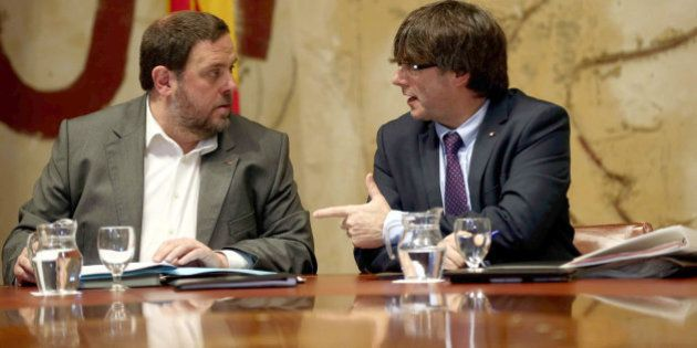 El Govern de Puigdemont debuta con una ley