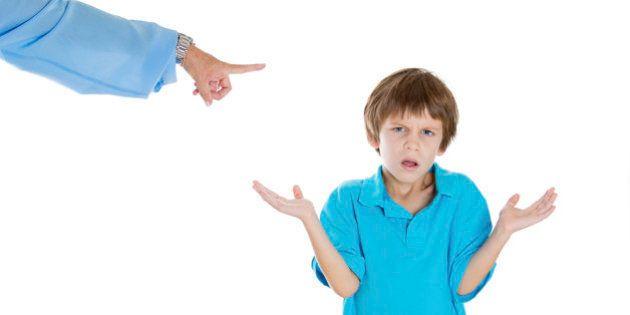 Siete frases que niños y adolescentes no deberían oír de sus