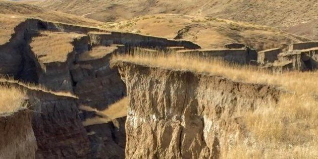 The 'crack in the Earth' that opened in