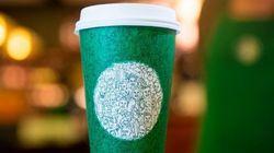 ¿Ves el detalle en el nuevo vaso de Starbucks que está indignando a