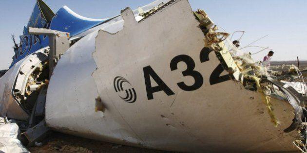 Reino Unido sospecha que el avión ruso estalló por una