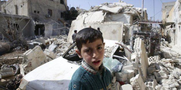 Aviones de guerra bombardean zonas del norte y centro de Siria en el segundo día de