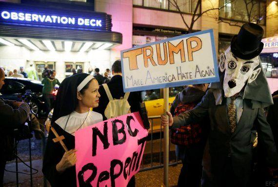 Un grupo latino ofrece 5.000 dólares por interrumpir a Trump en el programa 'Saturday Night