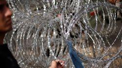 Hungría comienza a construir una valla en la frontera con