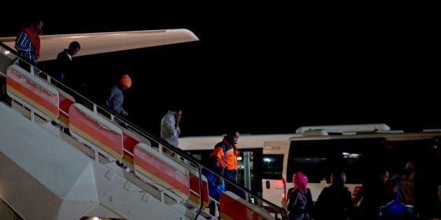 Llegan a España los primeros refugiados que acogerá el país procedentes de