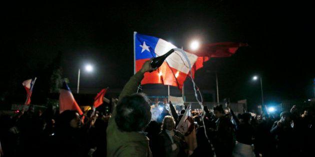 Chile, entre la frustracion y la fiesta por la muerte del torturador Contreras