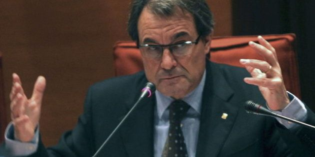 Artur Mas convoca a los partidos políticos ante la